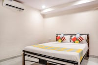 OYO Home 45370 Cozy Stay IIT Powai