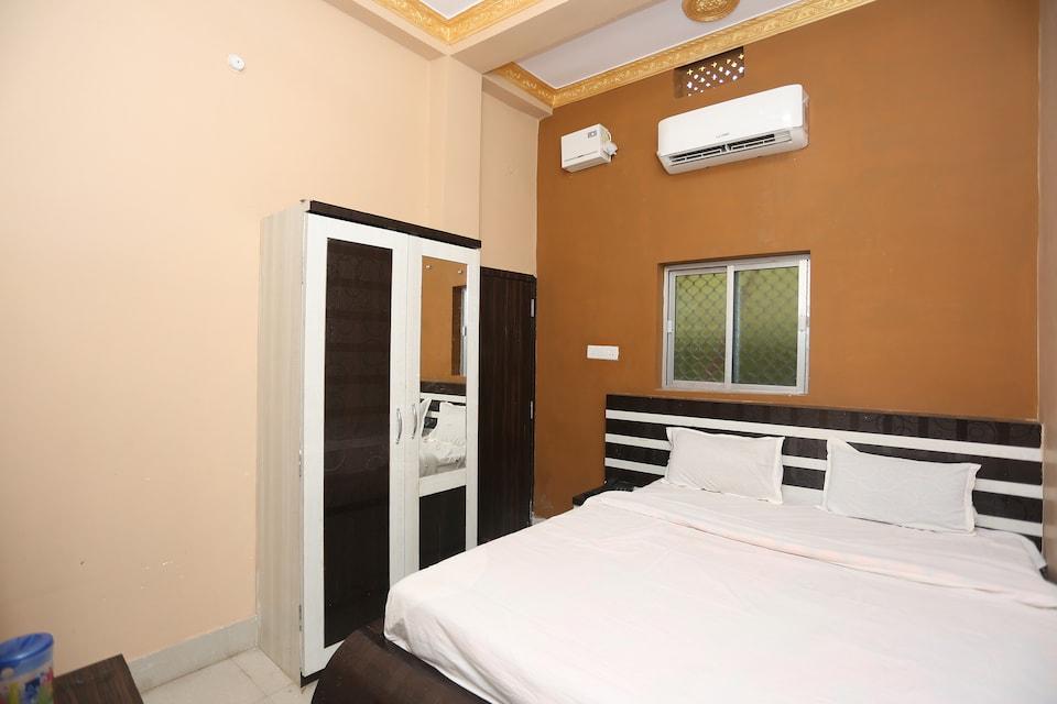 SPOT ON 45392 Maa Tara Hotel