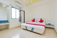 OYO 45402 Hotel Sahara