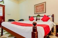 OYO 45425 Hotel Karnot Mahal Saver