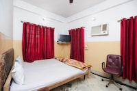 SPOT ON 45472 Hotel Savitri SPOT