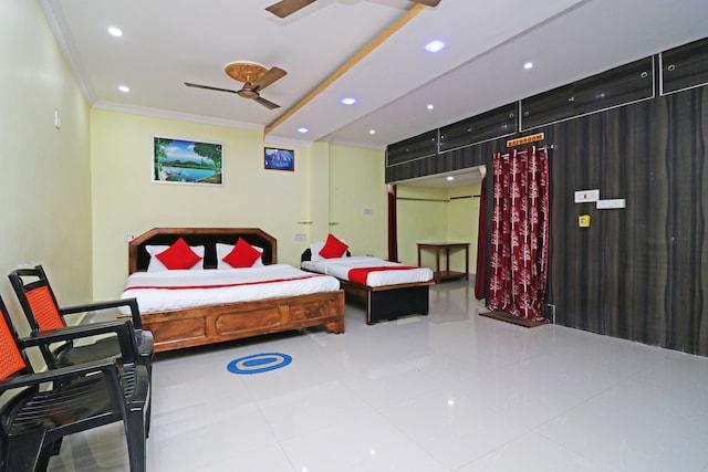 OYO 45483 Balaji Bhavan Guest House