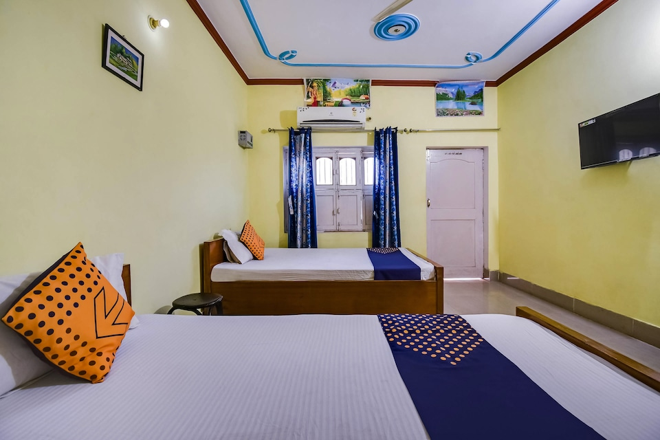 SPOT ON 45493 Hotel Pratap Inn