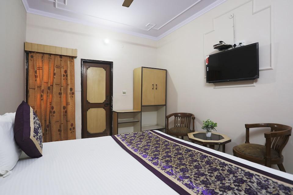 SPOT ON 45514 Hotel Madhu Regency