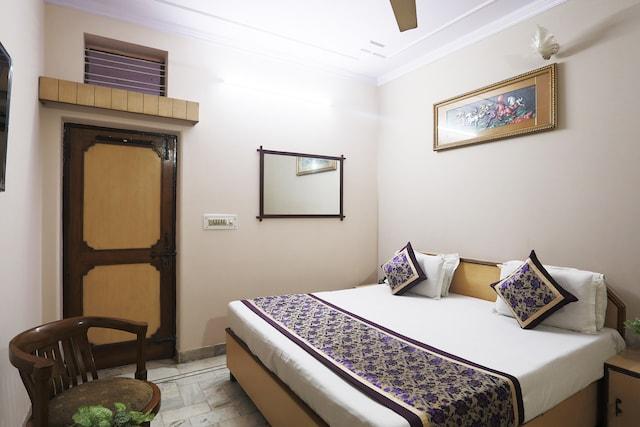 SPOT ON 45514 Hotel Madhu Regency SPOT