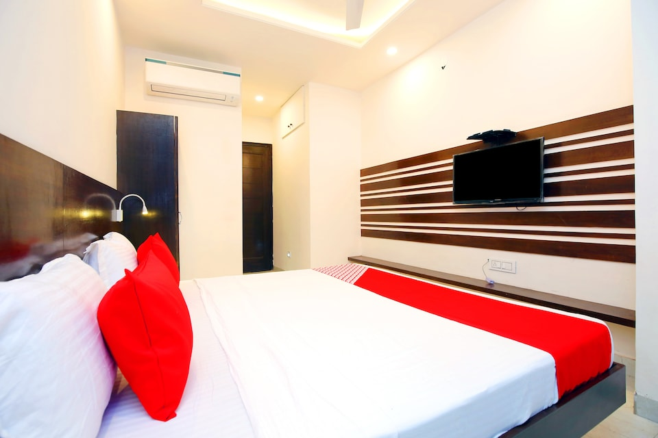 OYO 45544 Hotel Legacy, Railway Station Chandigarh, Chandigarh