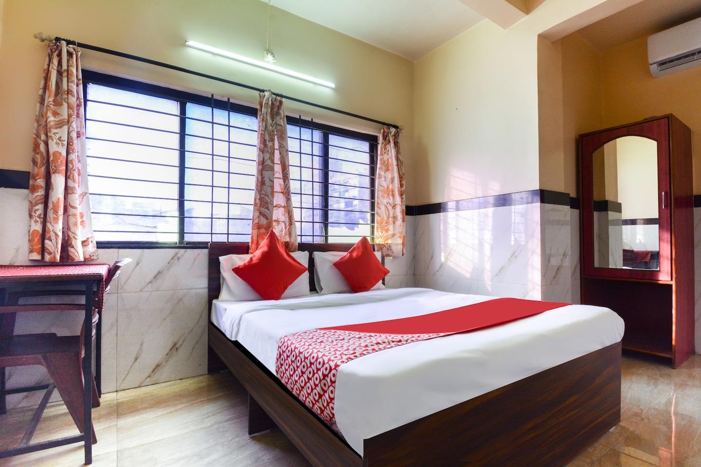 OYO 45550 Hotel Sagar -1
