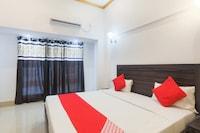 OYO 45552 Central Hotel