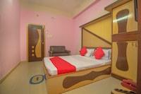 OYO 45572 Hotel Sumati