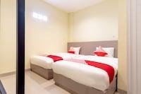 OYO 1185 Bukit Toedjoeh Residence Syariah