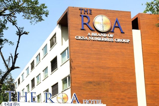 Capital O 45587 The Roa Hotel