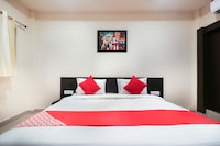 OYO 45589 Hotel Captain Inn