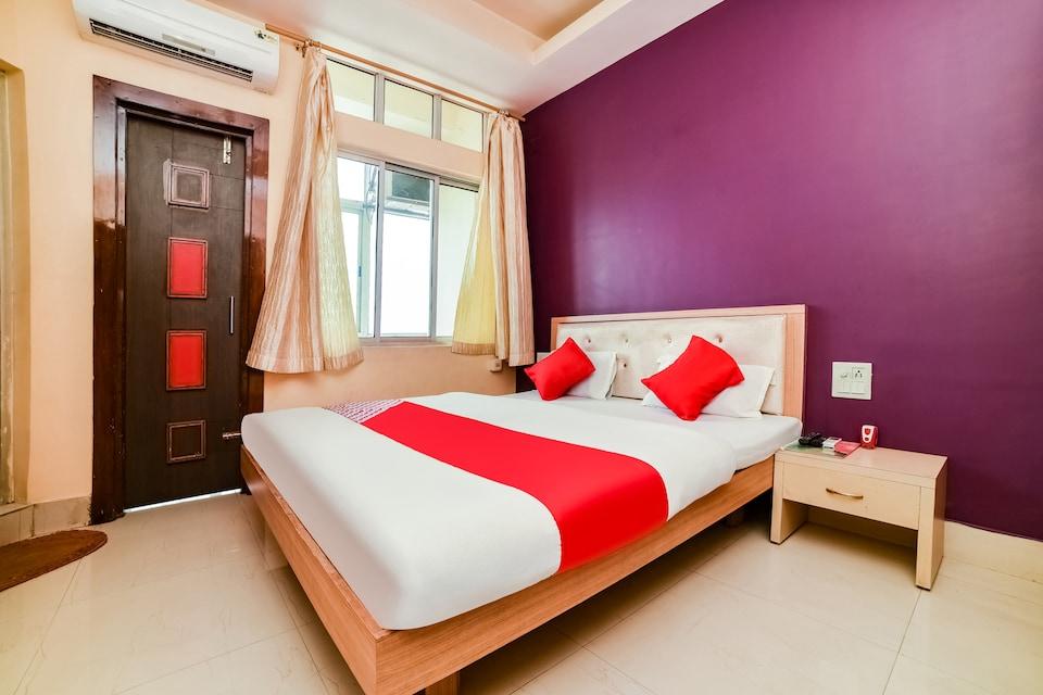 OYO 45605 Abhinandan International Hotel