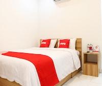 OYO 1191 Monalisa Residence And Cafe