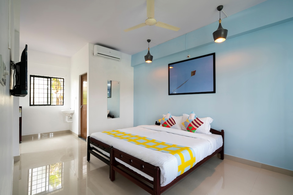 OYO Home 45622 Exotic Studio