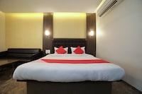 OYO 45640 Hotel Jagannath Deluxe Deluxe
