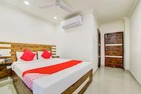 OYO 45679 Hotel Tirumala Grand