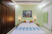 OYO 45683 Blissful Stay Near Divya Sri Campus