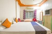 SPOT ON 45727 Alankar Lodge SPOT