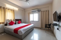 OYO Flagship 45764 Hotel Smriti Grand Ample Heights