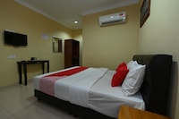 OYO 43986 Tok Jah Guest House