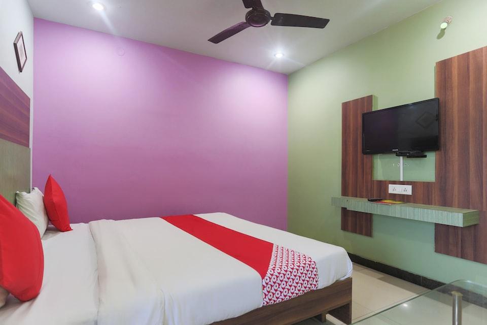 OYO 45790 Hotel Bhubaneswari Classic