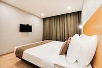 OYO Townhouse 228 Hotel Alana Governor Peta