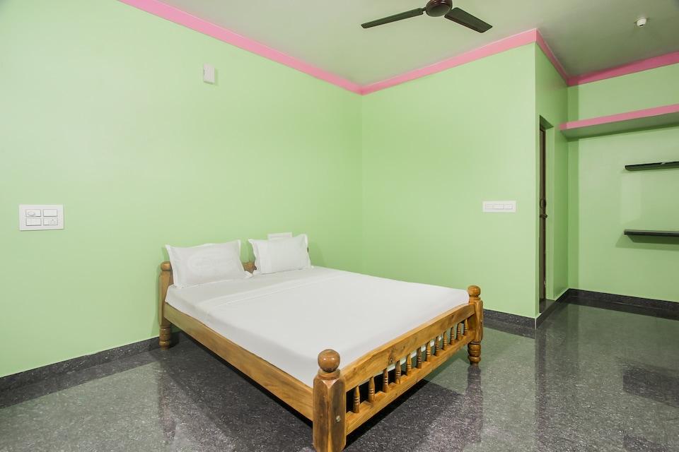 SPOT ON 45887 Yeshwitha Residency