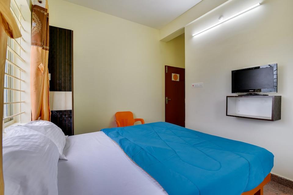SPOT ON 45889 Sri Daksha Inn