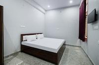 SPOT ON 45931 Hotel Ganesham  SPOT