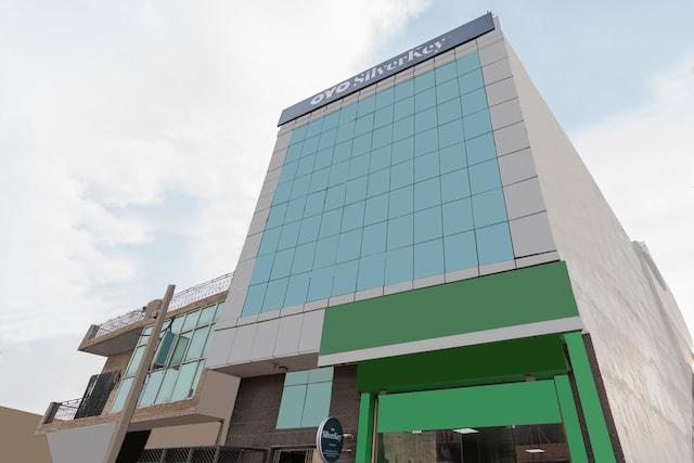 SilverKey Executive Stays 45988 Pooth Kalan