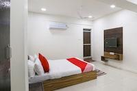 OYO 46022 Hotel Shiv Kunj