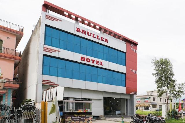 OYO 46036 Hotel Bhuller Suite