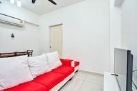 OYO Home 43998 Cozy 1br Avenue D' Vogue