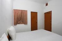 SPOT ON 46088 Hotel Black SPOT