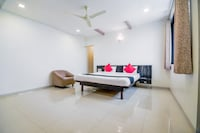 Capital O 46102 Amrit Residency