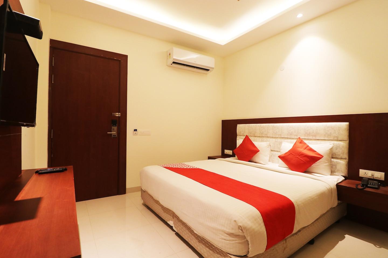 OYO 46157 Hotel Zara International -1