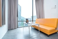 OYO Home 44012 Tranquil Studio Empire Damansara  Soho