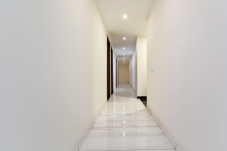 OYO 46208 Hotel Park Land