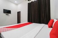 OYO 46220 Hotel K9 Deluxe