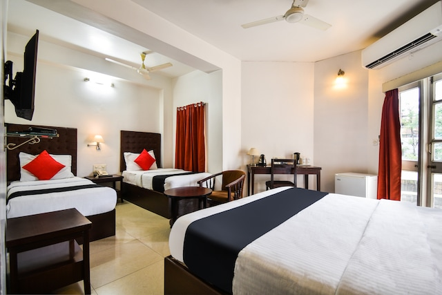 Capital O 46251 Hotel Shikha