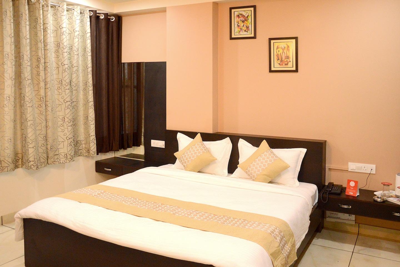 OYO 4627 Hotel Jenus Room-1