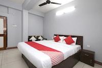 OYO 46323 Hotel Relax