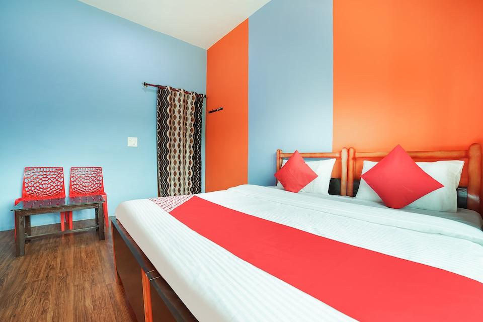 OYO 46348 Hotel Lake Side