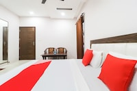 OYO 46349 Malaya House