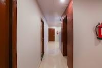 OYO SilverKey Executive Stays 46371 Madipakkam 20 Rooms