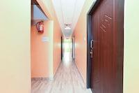 OYO 46384 Hotel VIP Regency