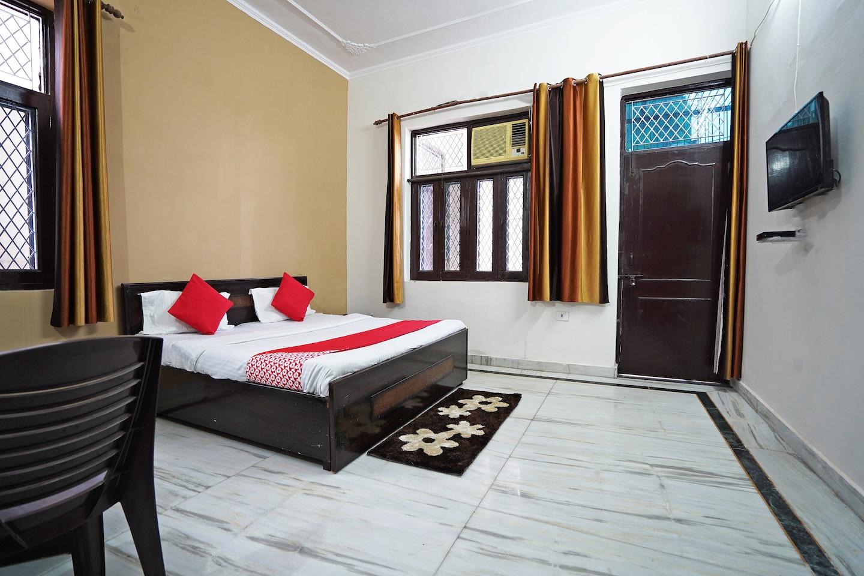 OYO 46425 Krishna Vedanand Residency -1