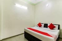 OYO 46427 Hotel Swastik Home