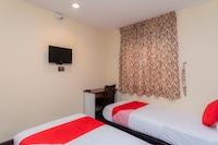 OYO 44026 98 Hotel